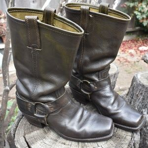 WOMEN'S FRYE HARNESS BOOTS VINTAGE SZ 9 USA MADE